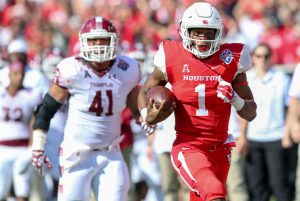 5 December 2015: Houston QB Greg Ward Jr (1) goes 47 yards for a touchdown during the American Athletic Conference Championship game between the Temple Owls and the Houston Cougars at TDECU Stadium in Houston, TX. (Photograph by Steve Nurenberg/Icon Sportswire)